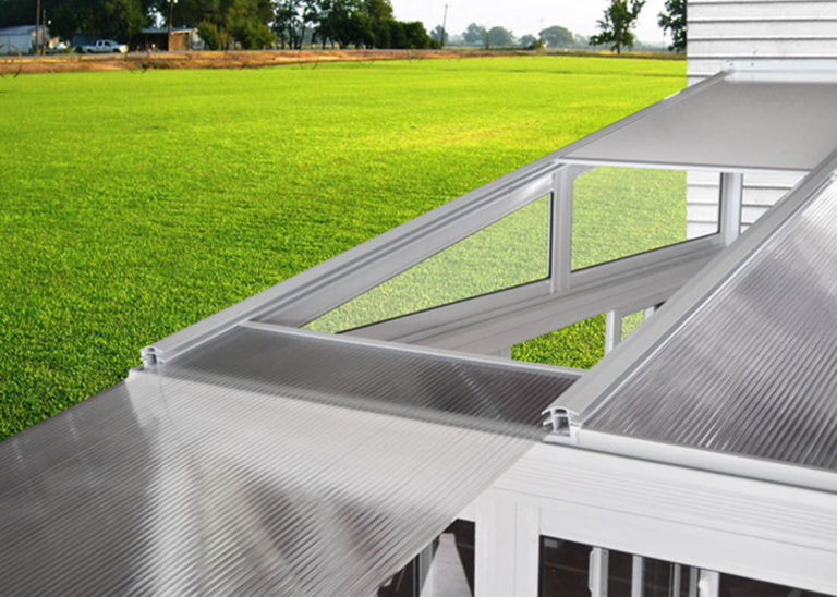 Sunroom-01-polycabonate-roof-install-02